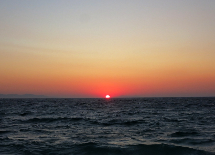 mykonos_red_sunset