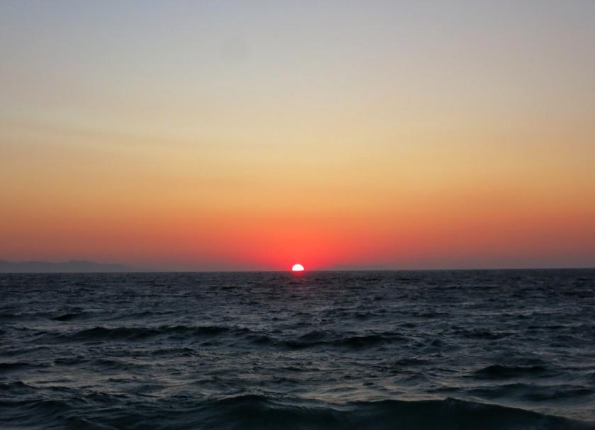 mykonos_red_sunset