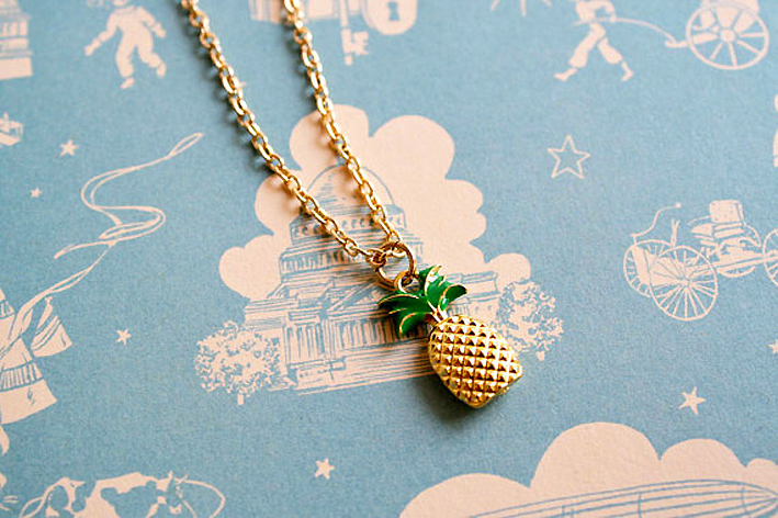 pineapple_pendant