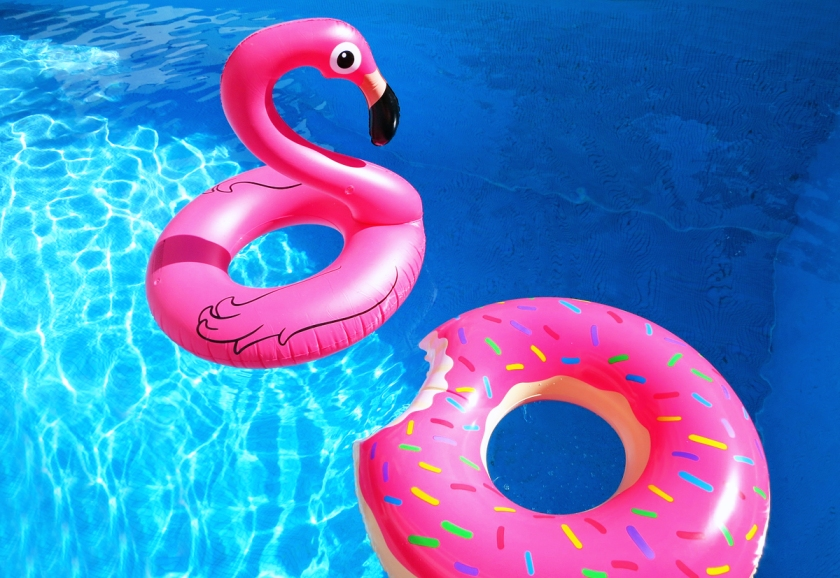 pink_pool_floats