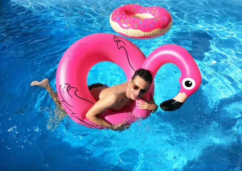 pool_float_flamingo_stylentonic