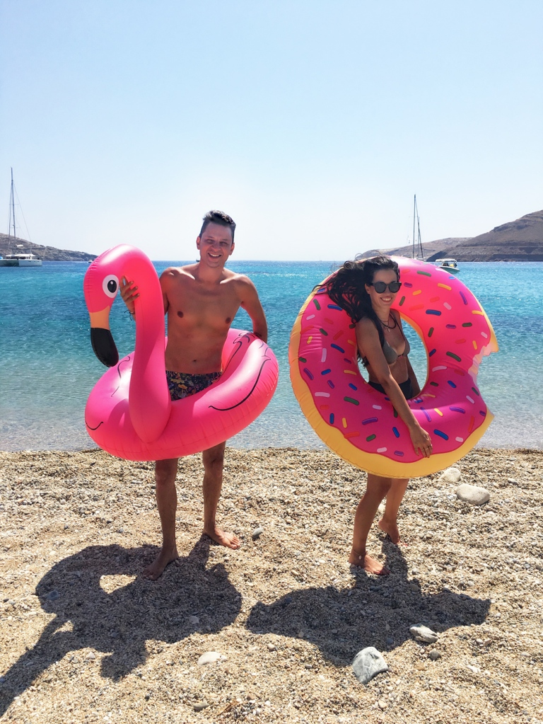 flamingo_donut_floats_summer16