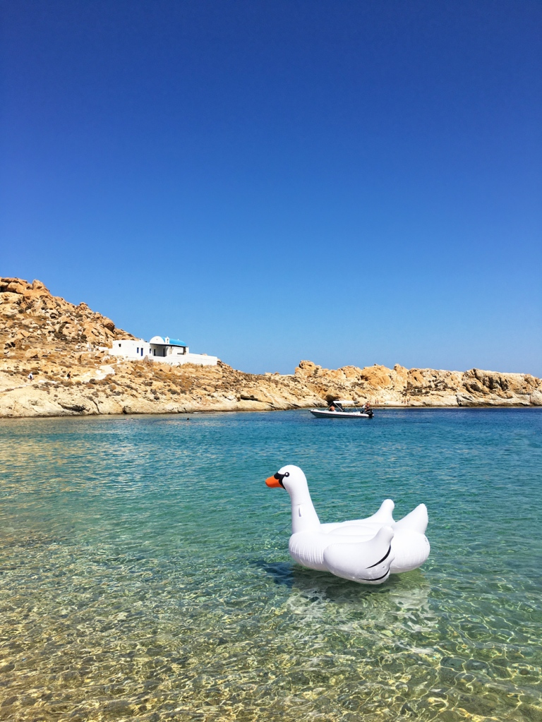 swan_float_serifos